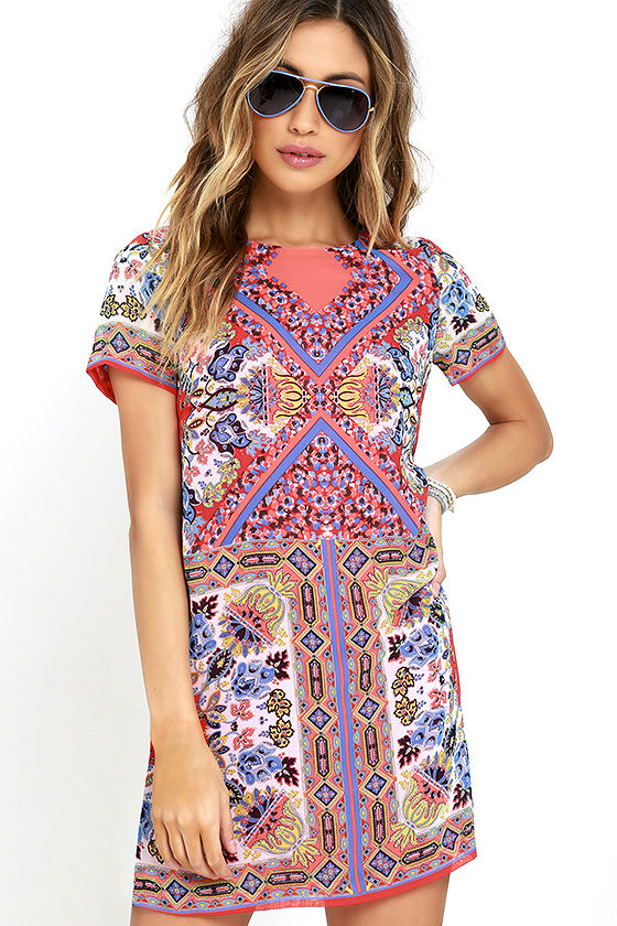 Sangria Coral Pink Tile Print Shift Dress This is perfect for brunch or a fun day out with friends!