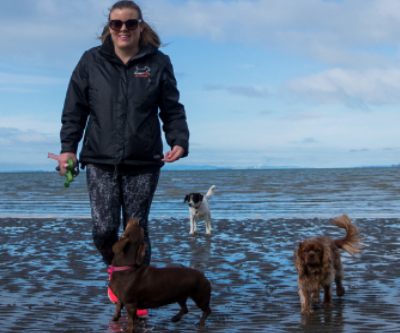 Jacinda  Dog Walker