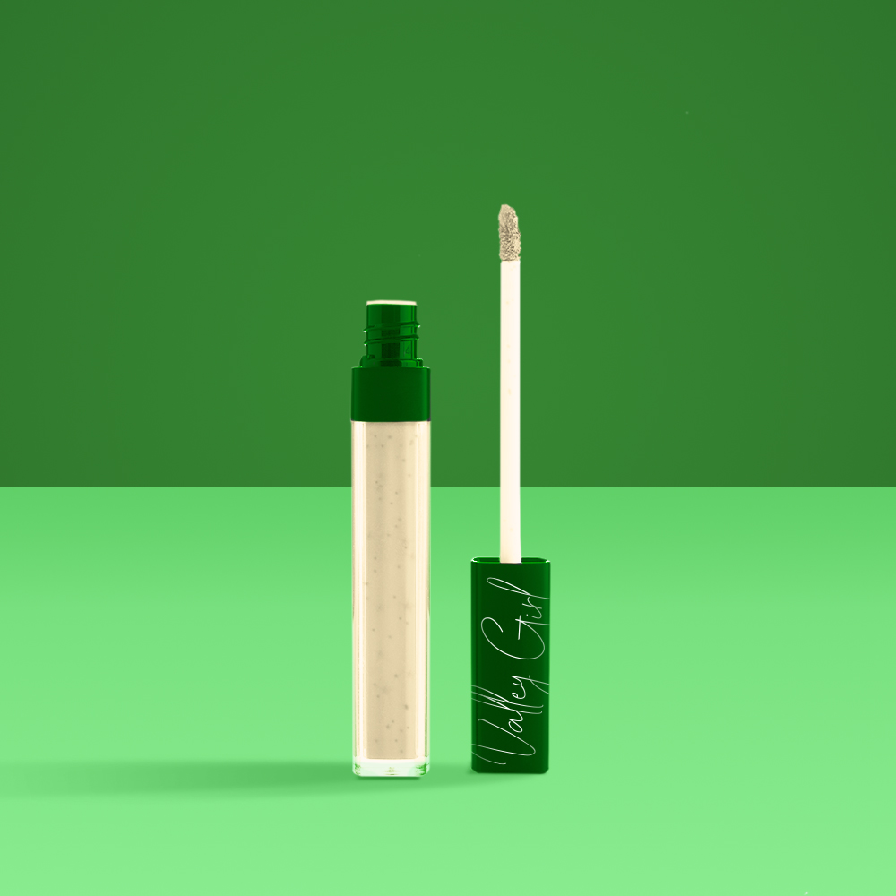 Original Ranch Gloss - Get back to basics with our Valley Girl Original RanchGloss. This lip-smacking gloss will keep your pout pretty and pretty tasty. With exfoliating herbs and spices, this lip gloss is sure to leave an impression.