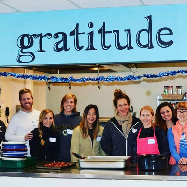 """As we express our gratitude, we must never forget that the highest appreciation is not to utter words but to live by them."" John F. Kennedy • • Every first Saturday of the month a group of volunreers go with Off The Mat Colorado to prepare and serve a meal for the youth at Urban Peak, a Denver shelter for youth experiencing homelessness or at-risk of becoming homeless. Want to join them?? There are still a couple spots left for this Saturday's breakfast. Visit offthematcolorado.com for more info ❣"