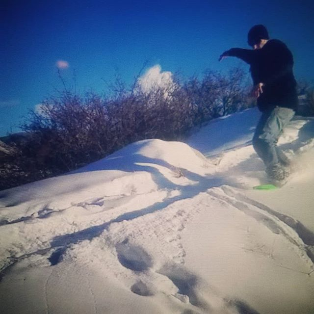 Footpaths are fun! Skating hardpack and surfing pow on the side! #snowskate #soulmonkeysurf