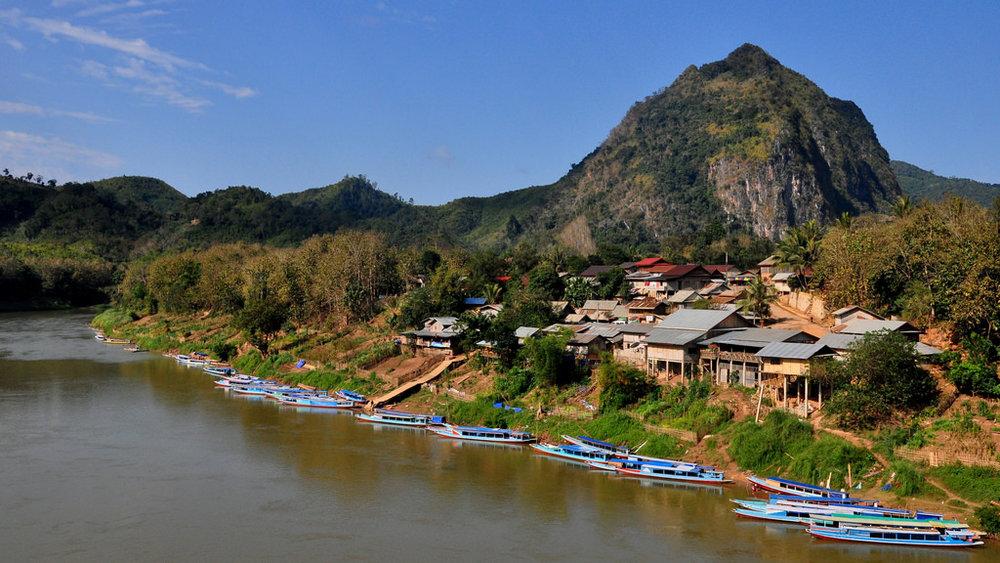 Laos_Nong Khiaw.jpg