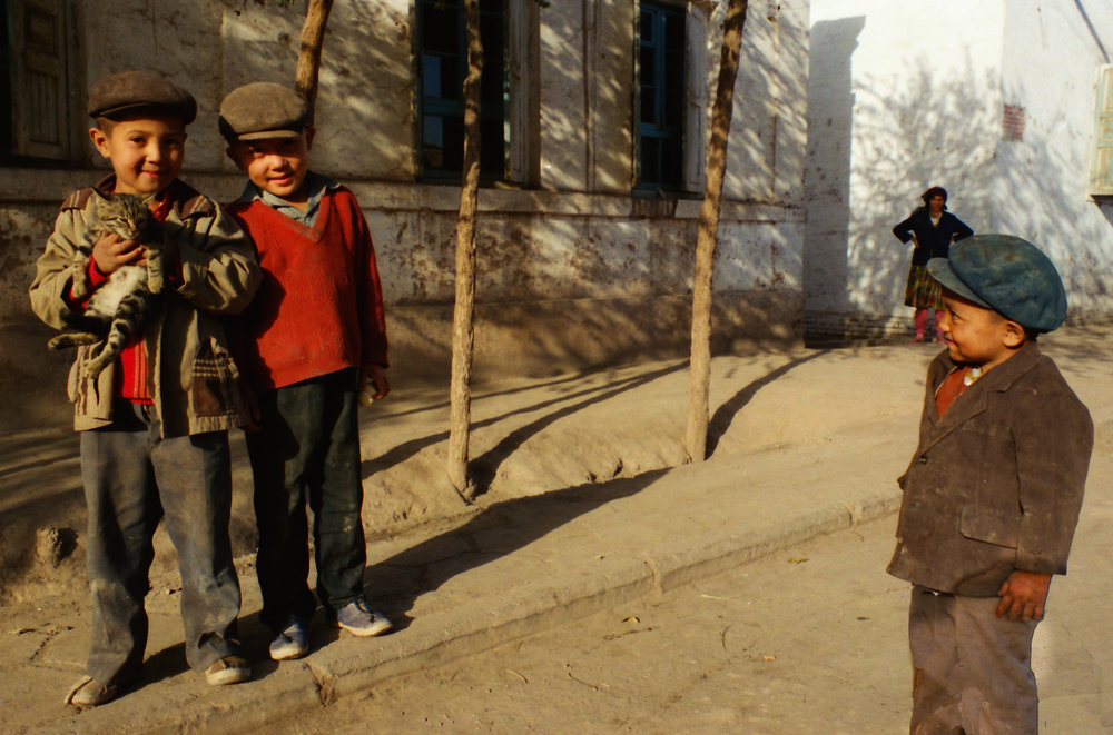 Kids in the backstreets of Kashgar