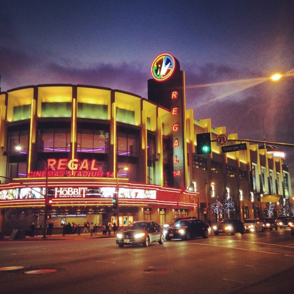 Regal LA LIVE Stadium 14