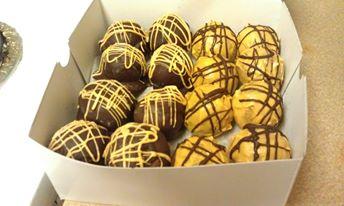 pumpkin cakeballs.jpg
