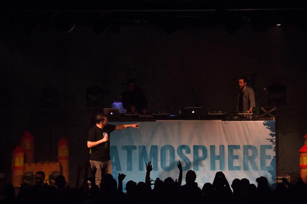 atmosphere-band20.jpg