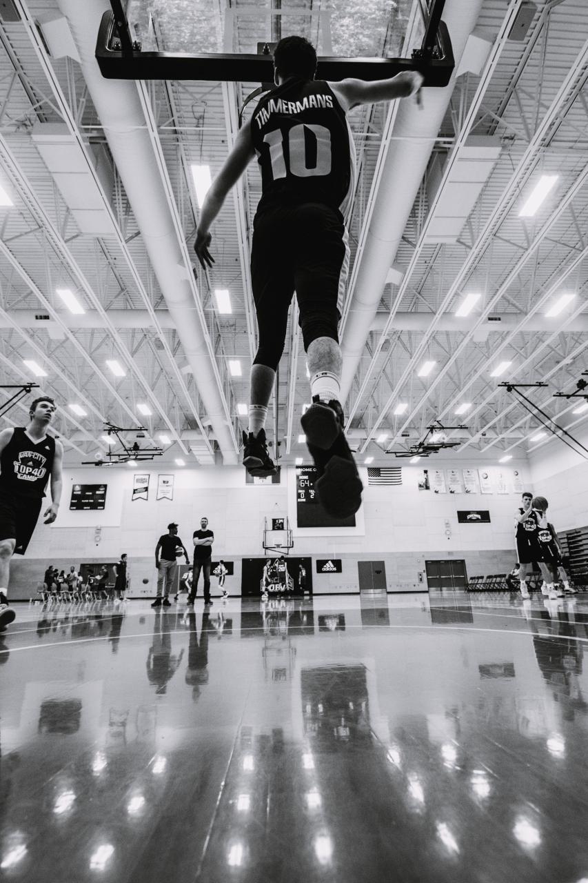 Van-City-Top-40-Seniors-Basketball-Camp-11.jpg