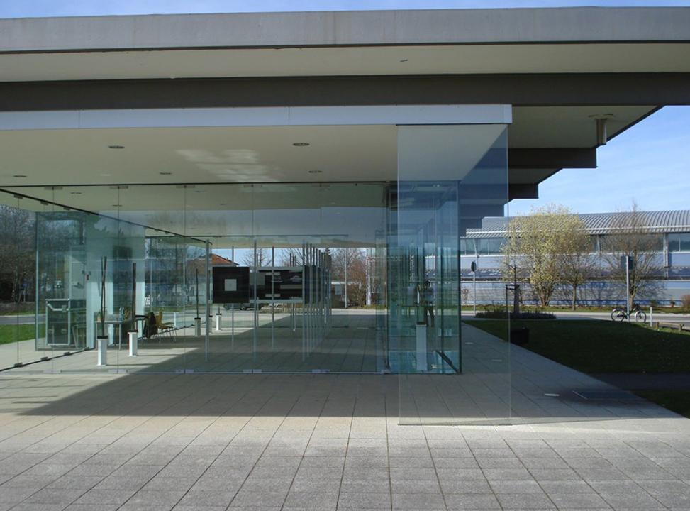 2013.04.14. Glaspavillon, Rheinbach1.jpg