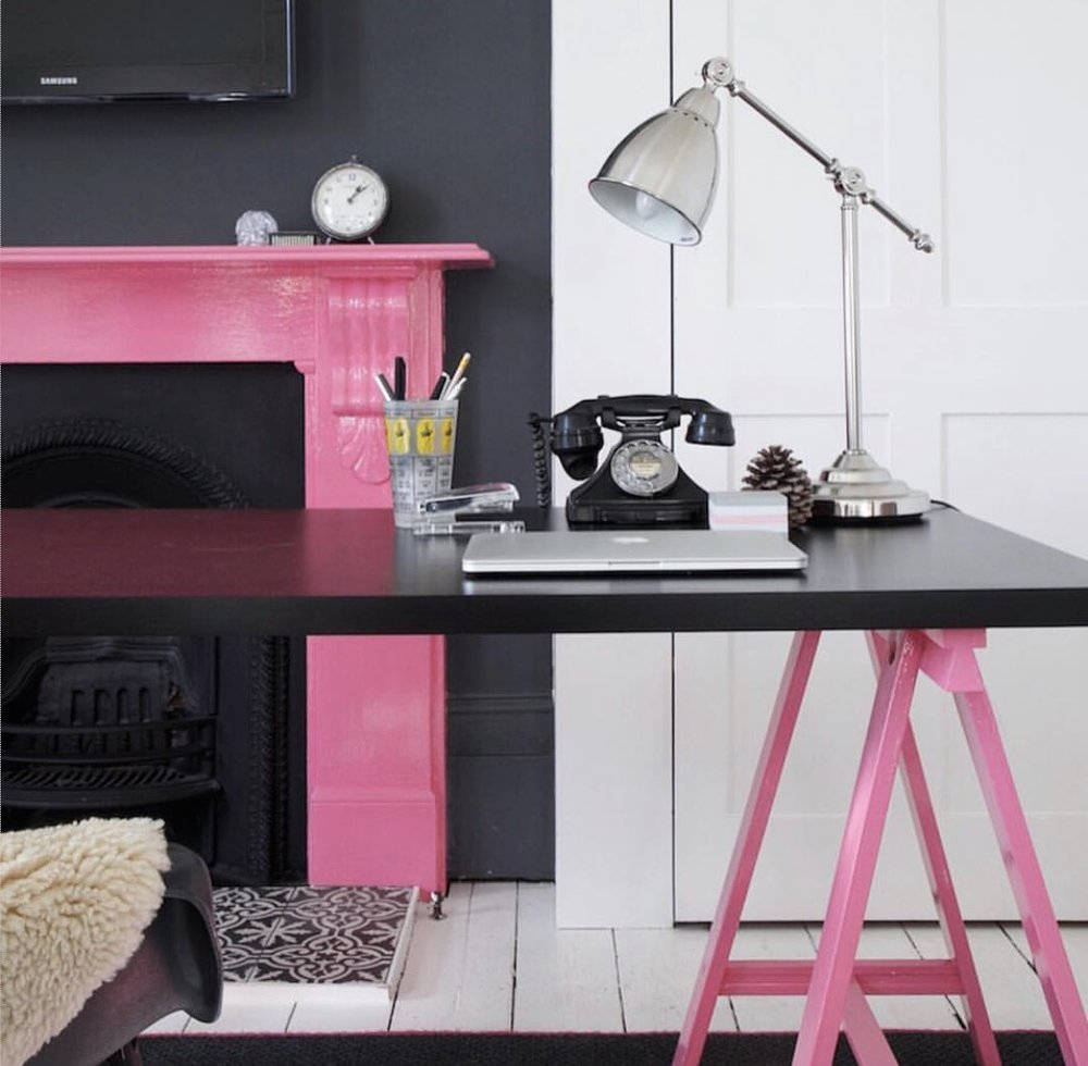 Kate Watson-Smyth  has used pink unexpectedly on the fireplace and trestles.
