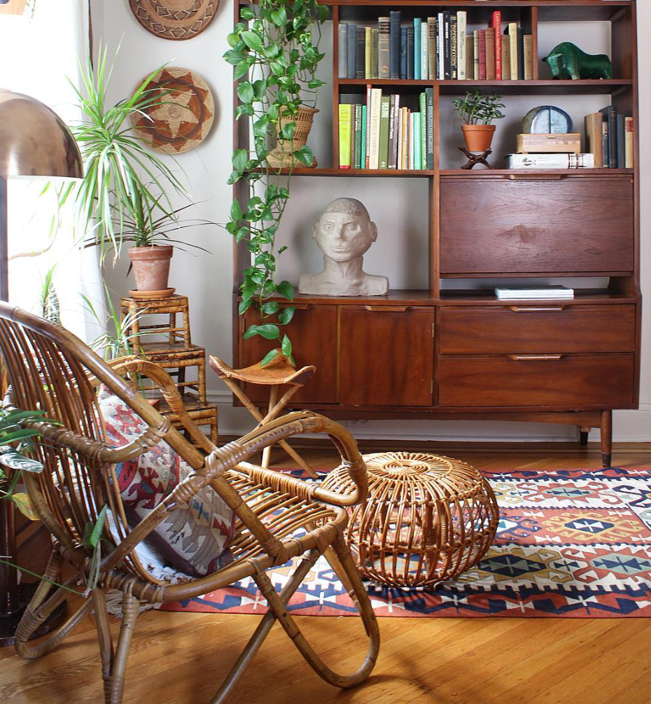 Classic mid century styling by  Ball & Claw Vintage .
