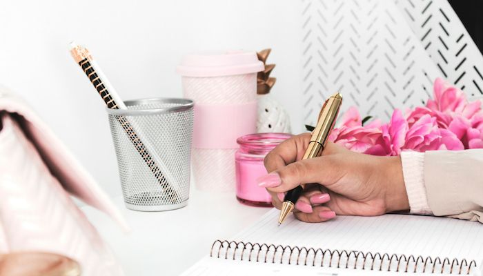 How to be an organized mom - 10 simple tasks to help you get started organizing