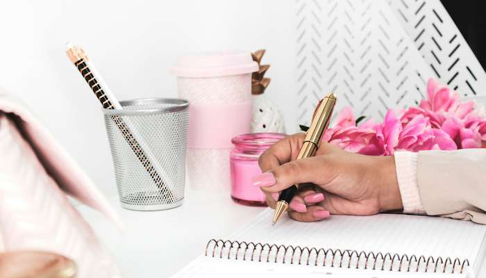 How to balance freelance writing and motherhood?