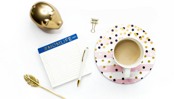 Are you struggling to find time to blog with kids and a job? Check out these time management tips for working moms.