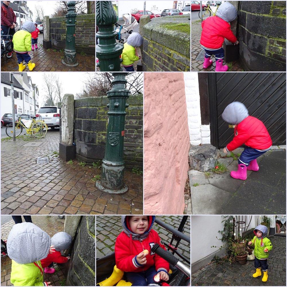 """фотопро то, что """"заставляет малышей искать их с ещё большим рвением на потеху взрослым"""" в Дюссельдорфе, даже во время экскурсии под дождём."""