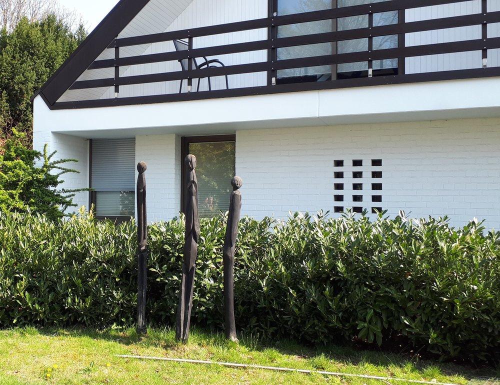 Фото одного дома в Гольцхайме (сделано экскурсантом) - здесь я не живу, но работаю (провожу экскурсии) почему-то я на работе не могу отвлекаться на фотографирование.
