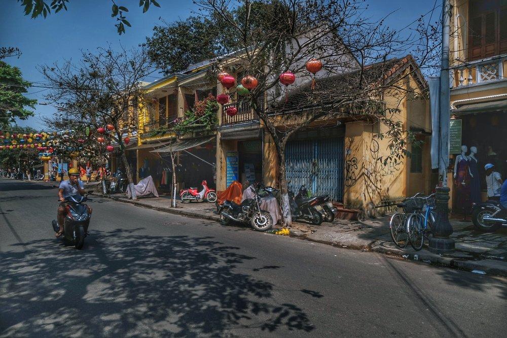 Streets of Hôi An.