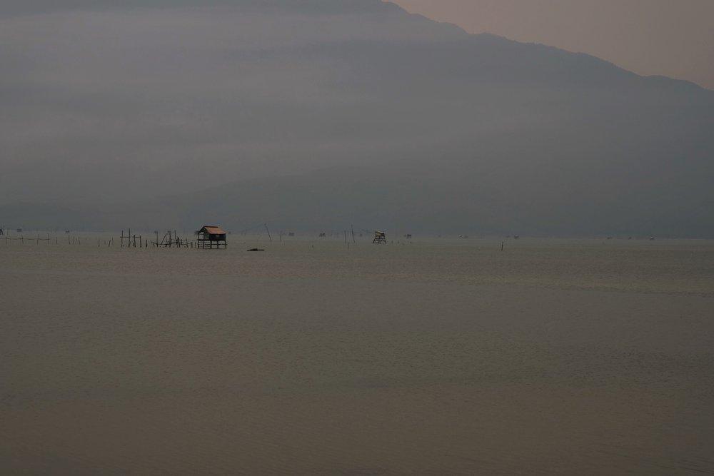 Lăng Cô beach.