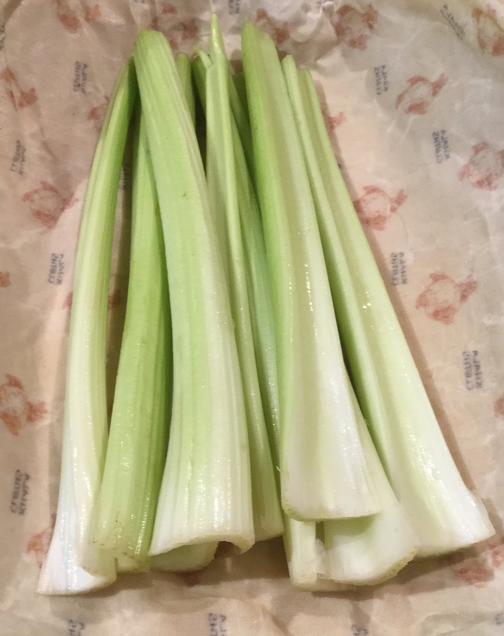 celery unwrapped on a Khala Cloth