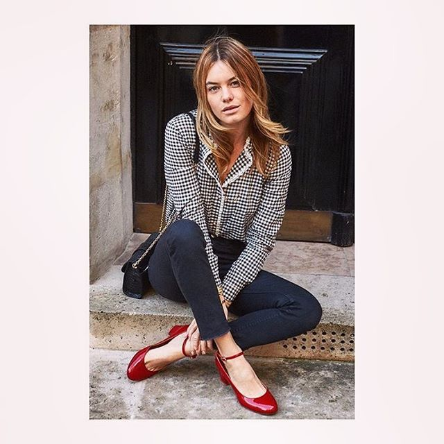 All I want for Christmas is Sézane #noelmagique #sezane __________ #sezaneaddict #parisienne #fashion #style