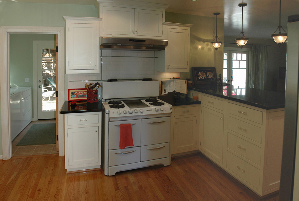 kitchen_4.jpg