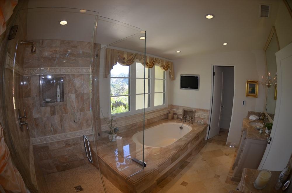 m bath 2.jpg