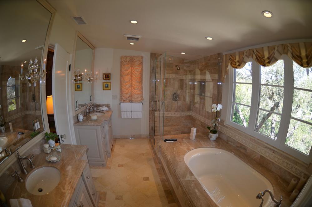 m bath 1.jpg