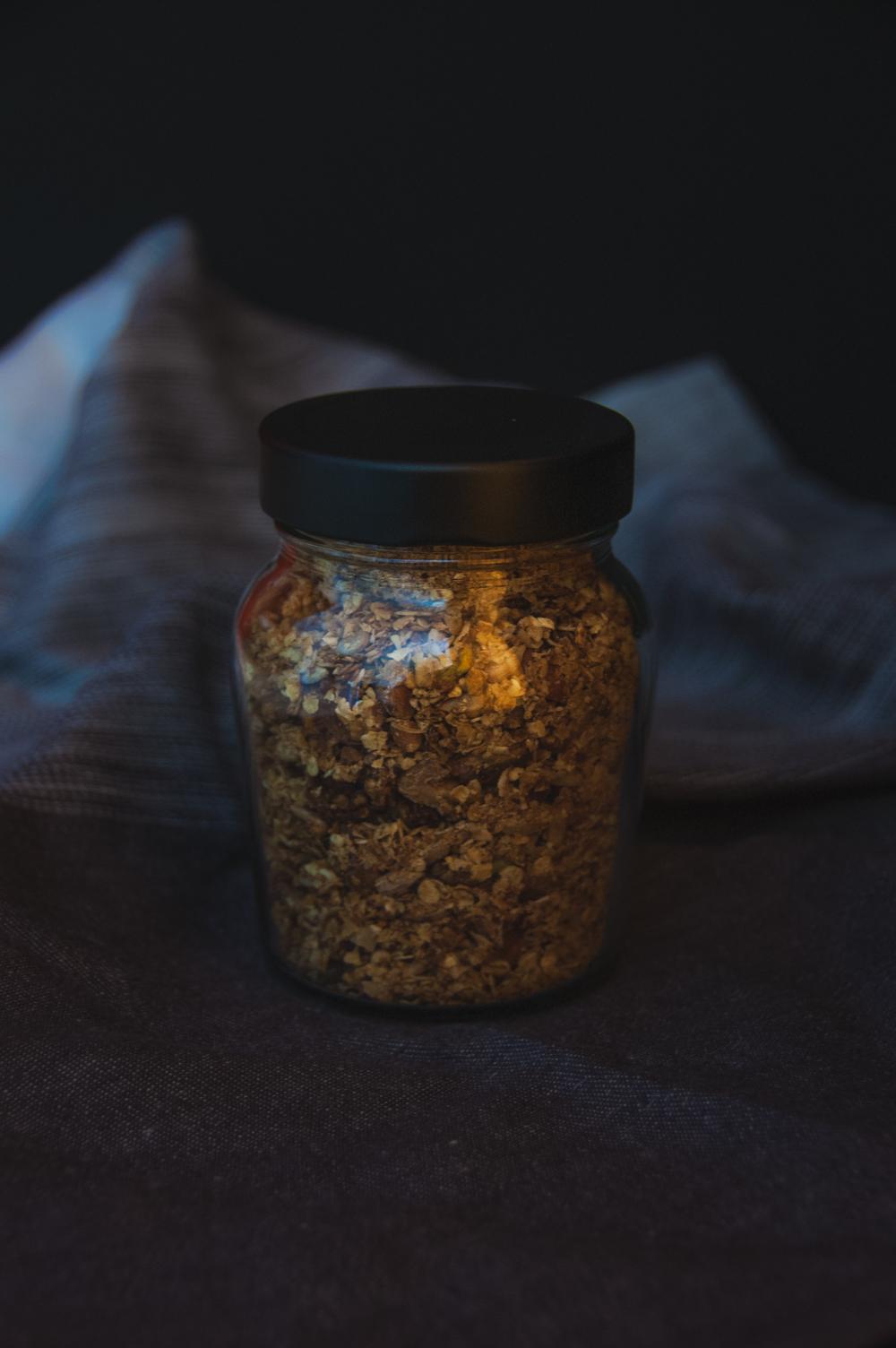 Simple cinnamon granola