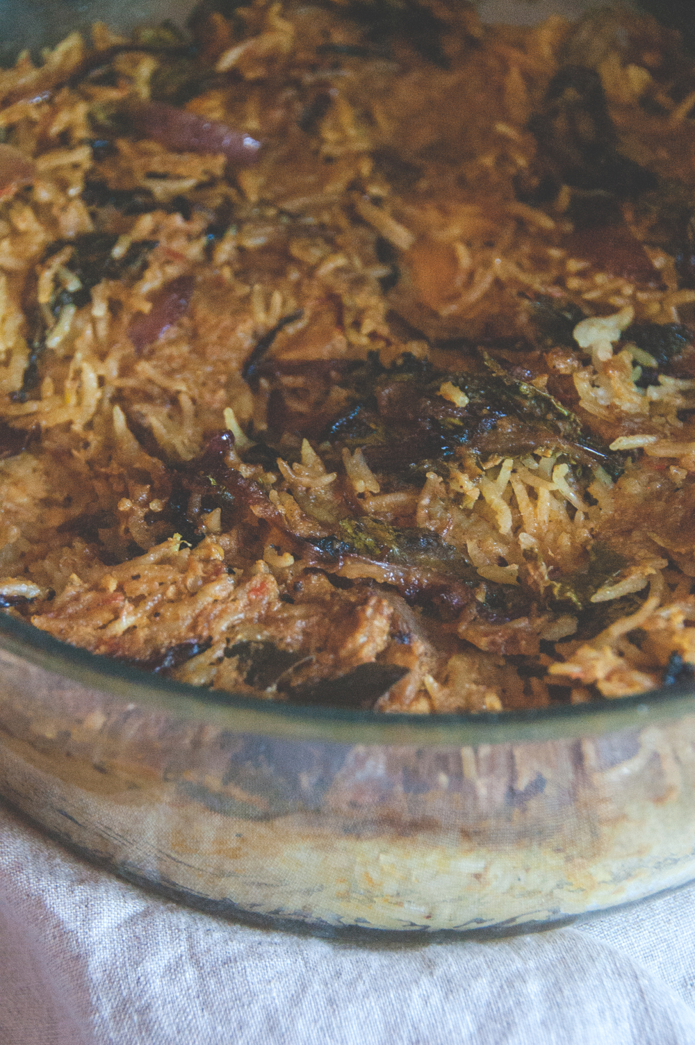 an easy chicken biriyani recipe is ideal for weeknights, when one has a little time but deserves all that comfort.