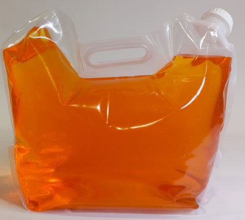 Liquid gallon spout bags