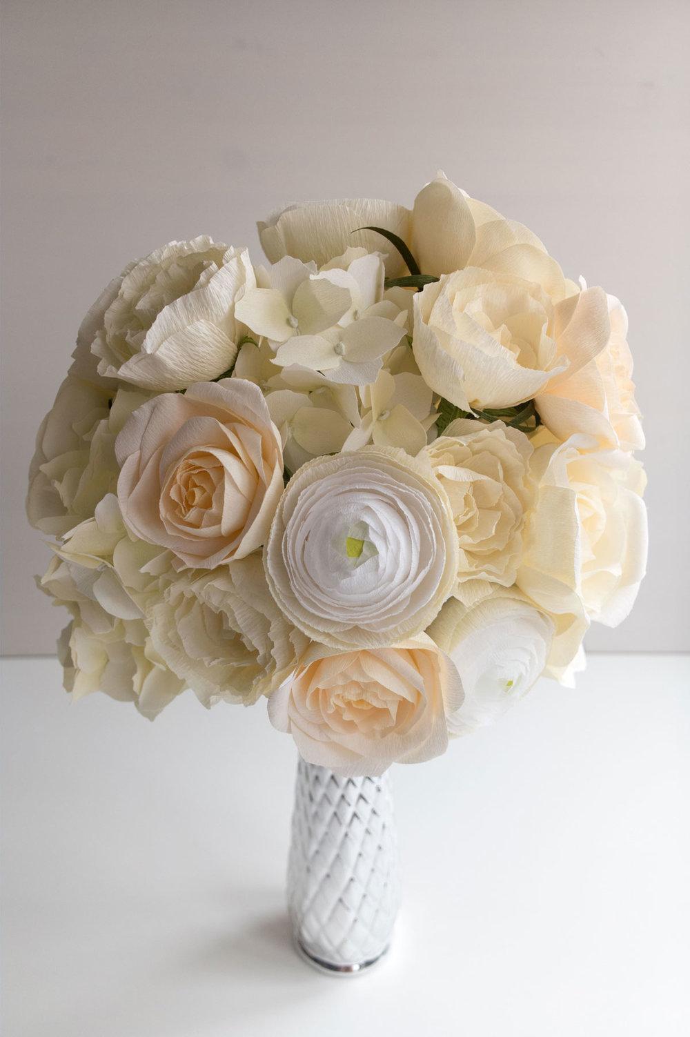 PaperRoseCo_18017_Bouquet_Back_lr.jpg