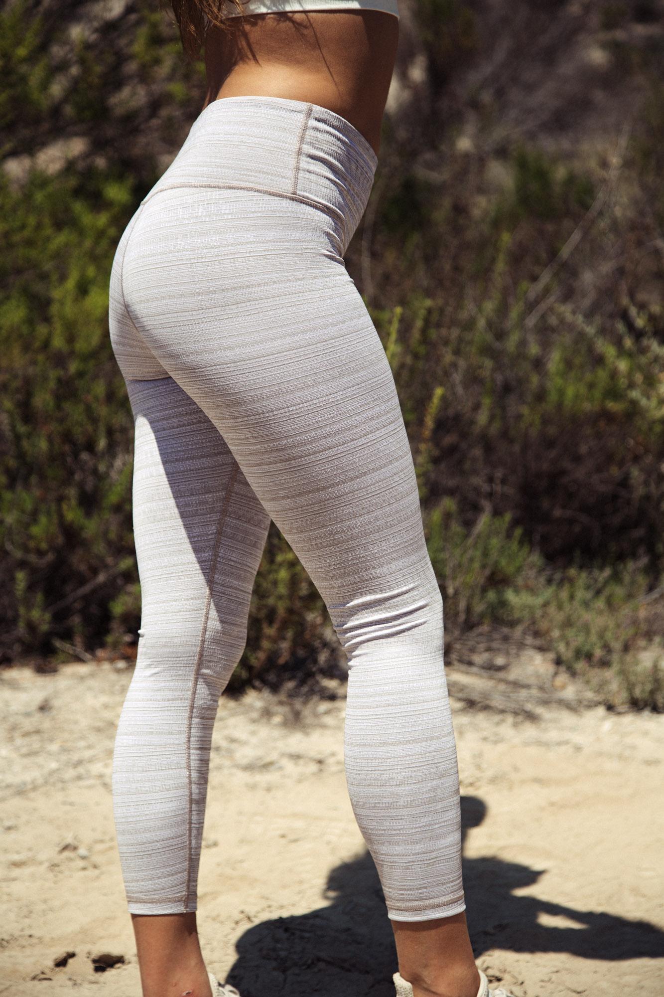 386eaaac1c Athleta Size S Yoga Pants Athleta Size S Yoga Pants t