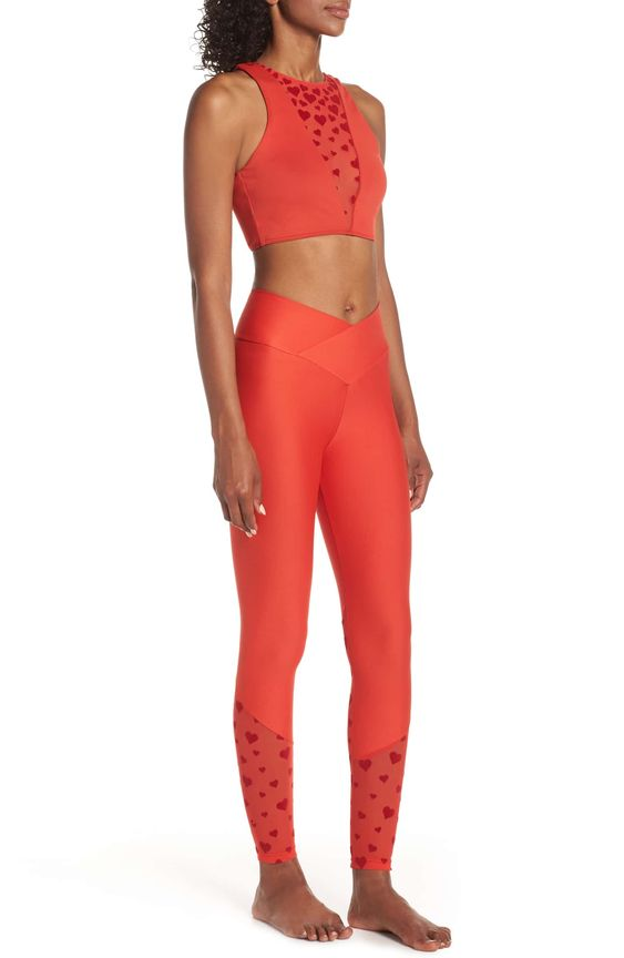 BEACH LEGGINGS + SPORTS BRA - Nordstrom's exclusive set has our favorite v cut waist band and velvet hearts over mesh. Too cute.