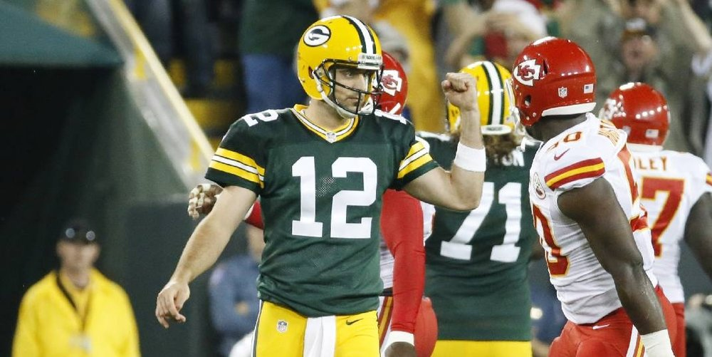 Aaron Rodgers put together a masterful performance on Monday night against the Chiefs in 2015.