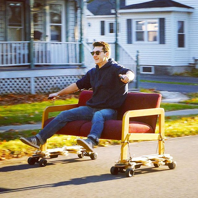 Check out my latest video if you wanna learn how to drift a couch!!! #diy #electriclongboard #jlaservideo