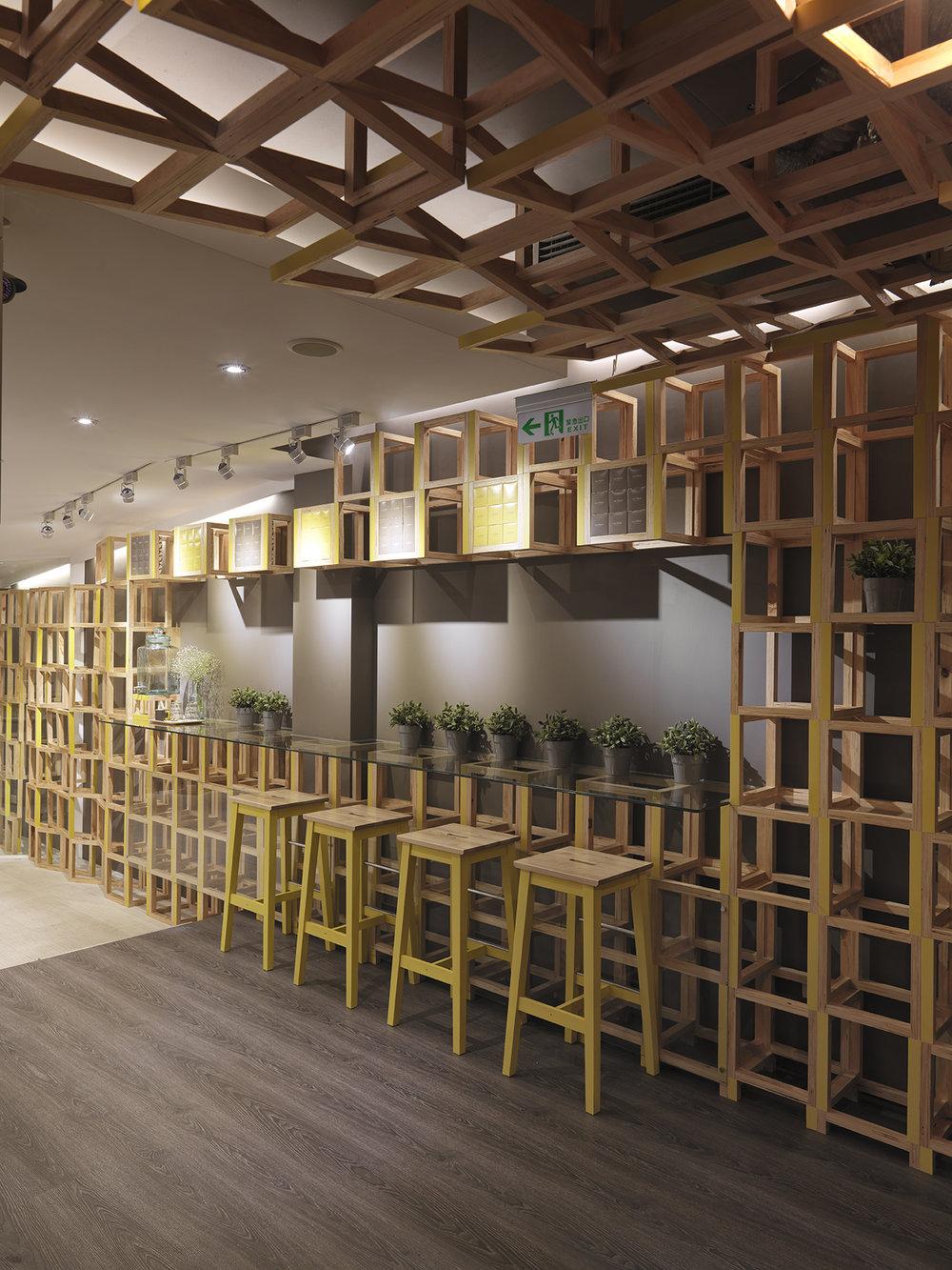 Les Bebes Cafe&Bar