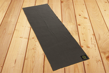 yoga-mat-towel_carbonsun_1.jpg