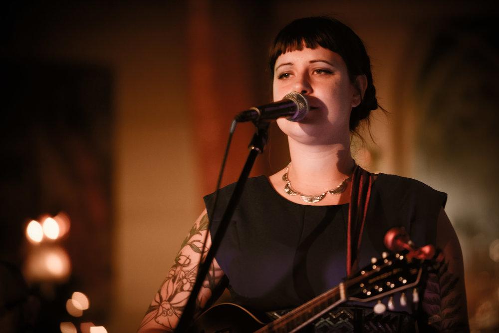 Amanda - Tony Devlin