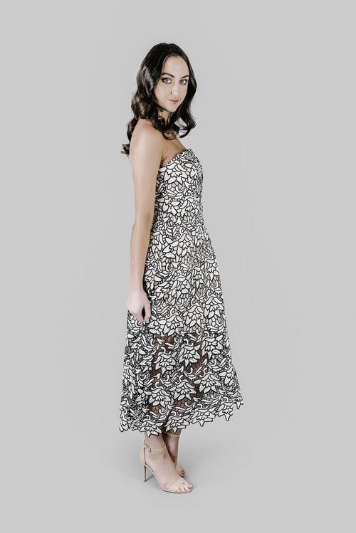 7b43018d54 Dress Hire Perth - True Love Lace Strapless