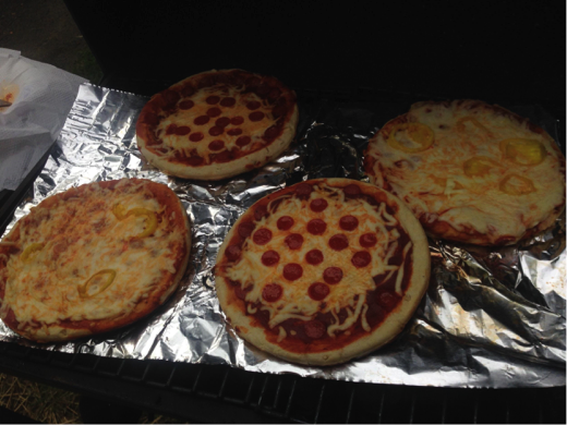 Mmmmmm, camp-pizza.