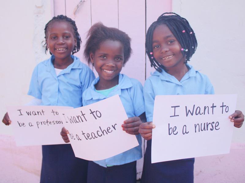 kurandza-girls-and-school-small-6.jpg