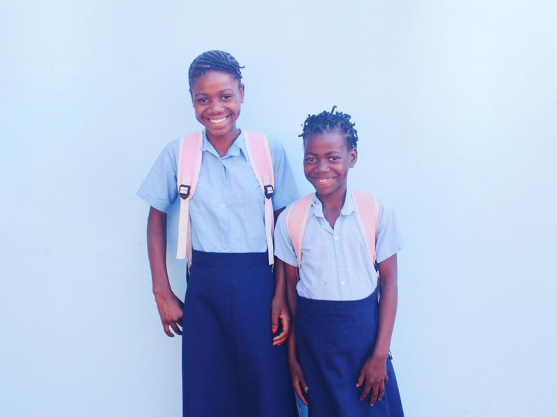kurandza-girls-and-school-small-19.jpg