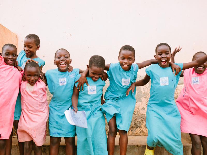 kurandza-girls-and-school-small-2.jpg