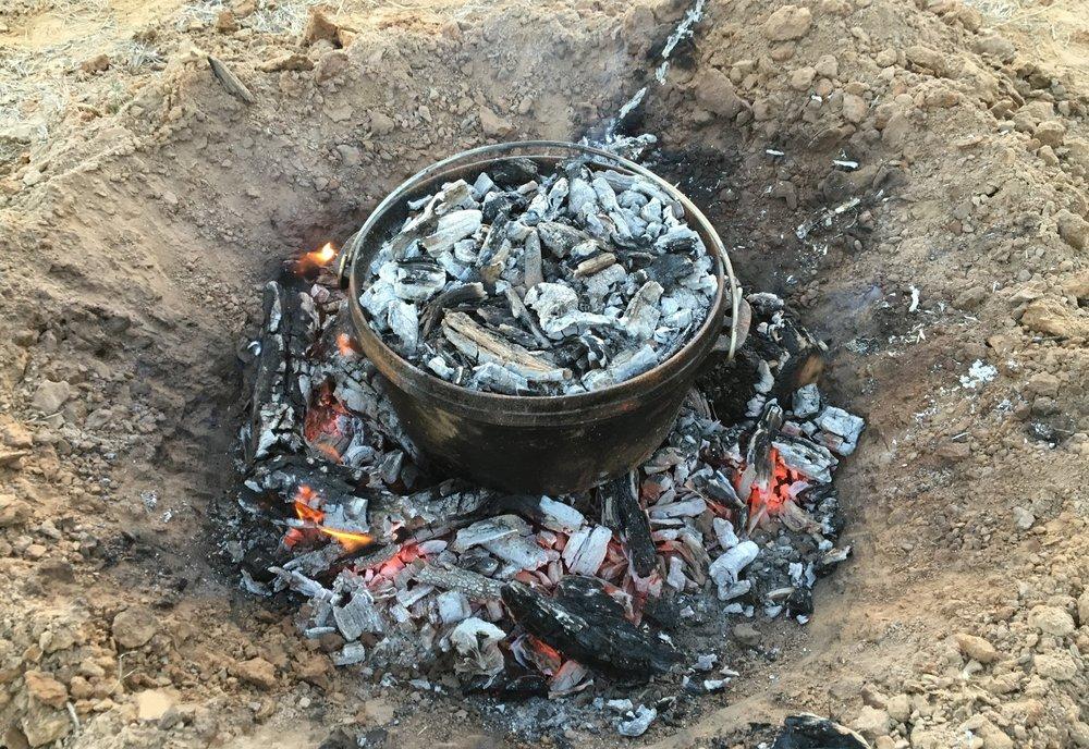 Kochen mit einem Camp Oven