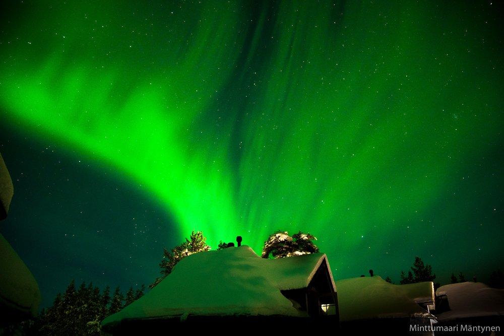 Aurora cabins.jpg