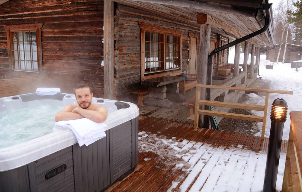 Loitsusauna poreallas talvi.jpg