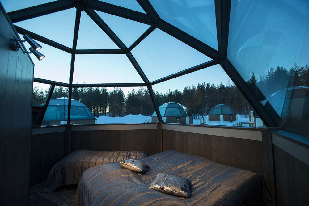 Twin Glass Cabins - Arctic SnowHotel & Glass Igloos