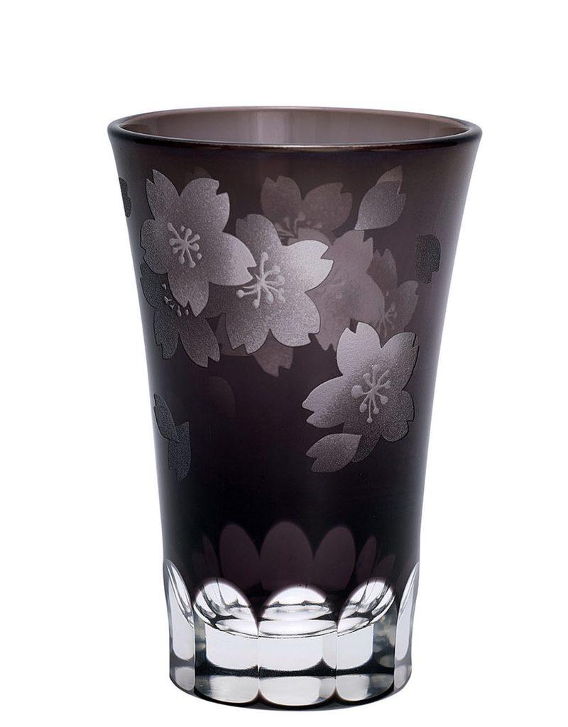 """SALE: Trinkglas mit Blumenschliff """"Flower Grey Crystal"""" von GATE NOIR"""