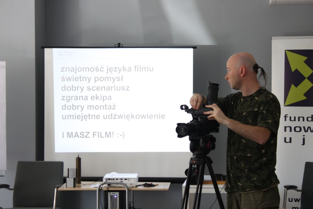 E.Kaproš_ MIK 16 kwietnia SYNAPSY (777).jpg