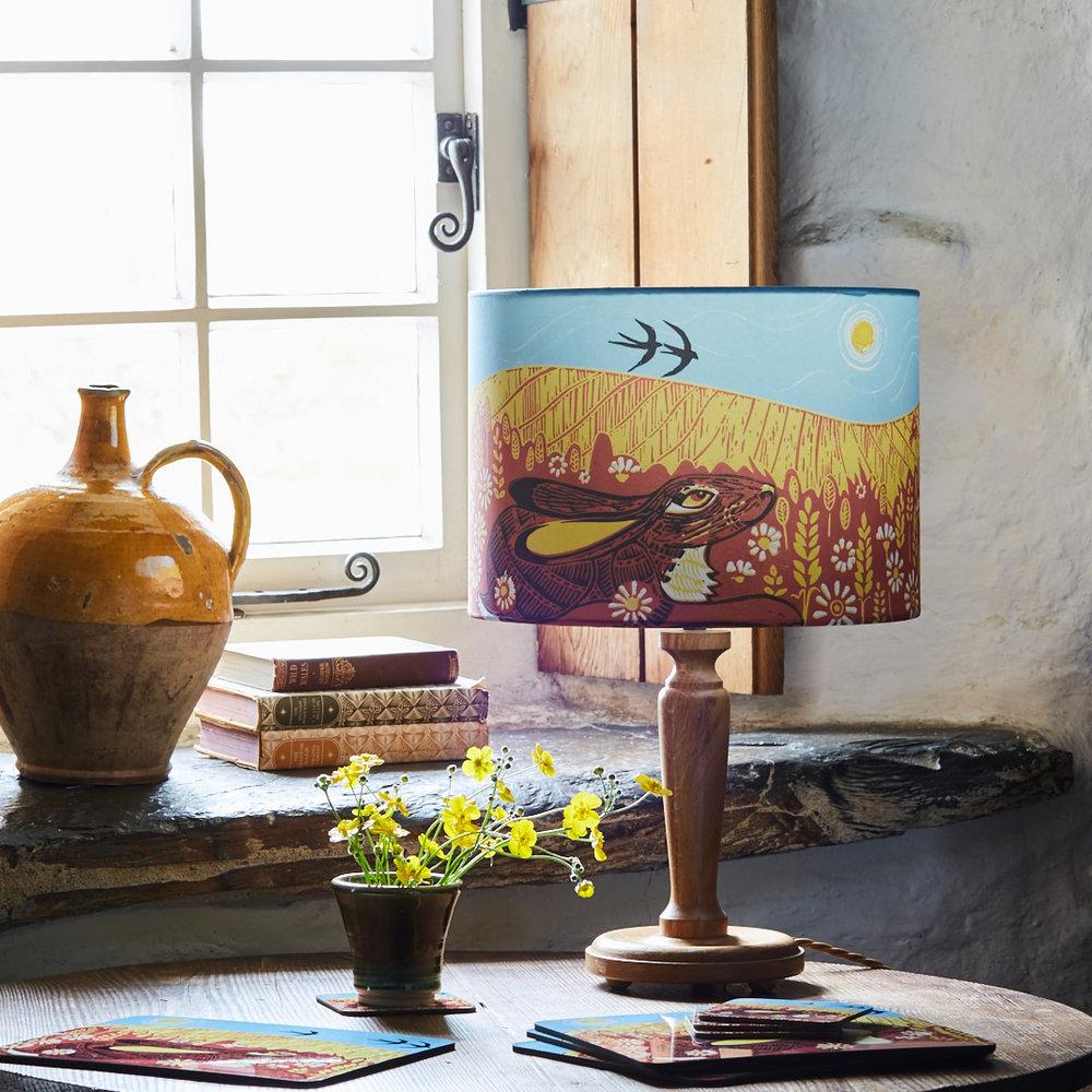 Hare_lamp2.jpg