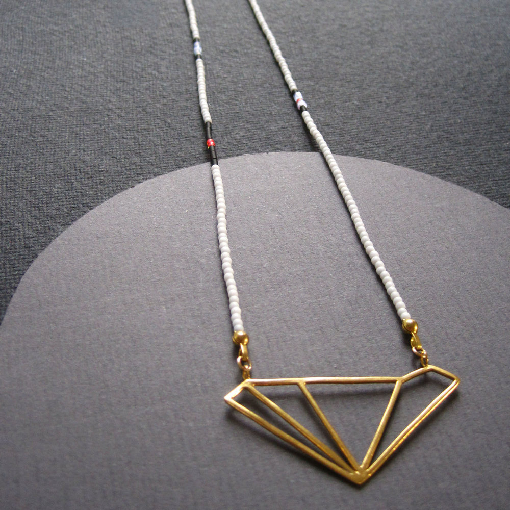 5_Little-Storm_gold-wire-pendant.jpg